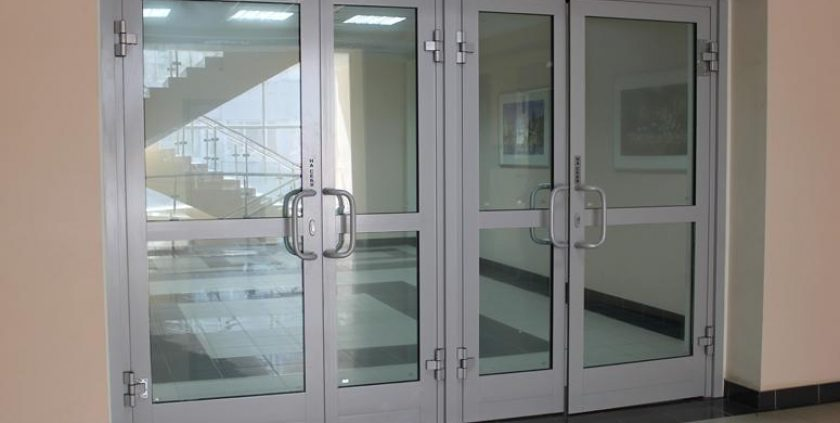 Uși aluminiu