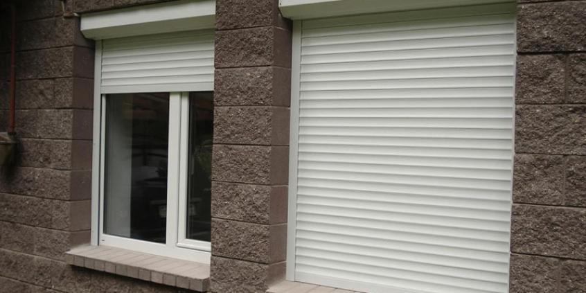 Роллеты на окна Ferestre Termopan MD PRETURI - Usi Ferestre PVC Geamuri Termopane Moldova   Ferestre Salamander Chisinau  Ferestre PVC - Ferestre Steclopachet.