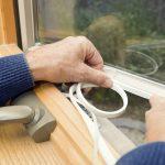 Чем утеплить окна? Стоит ли это делать самостоятельно?